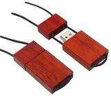 Dřevěný USB flash disk
